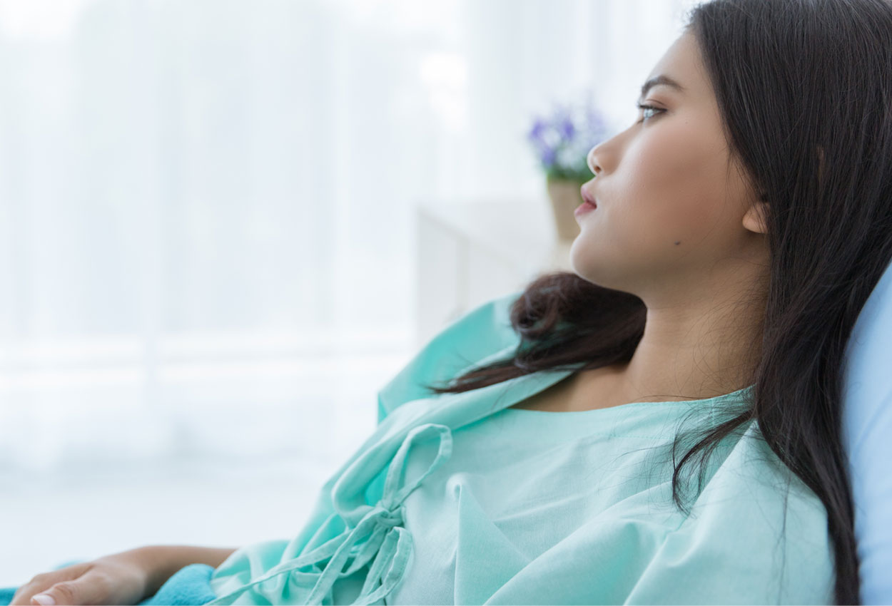 woman hospital cvr img